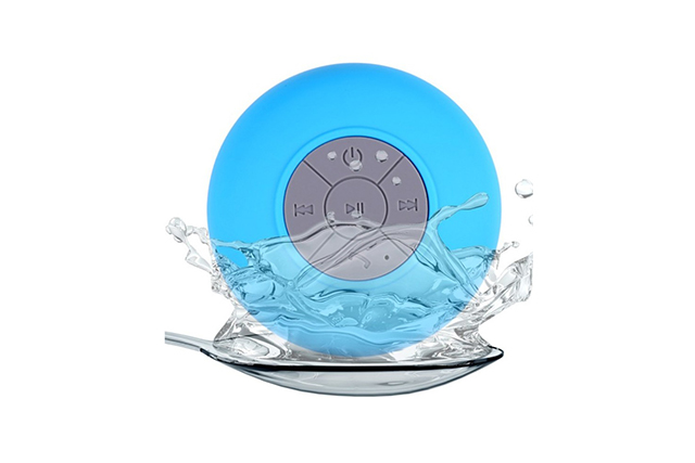 Bluetooth_Vodoustoichiv_Speaker_kolonka_Vakuumno_zahvashtane_Bluetooth водоустойчив спийкър - светло син