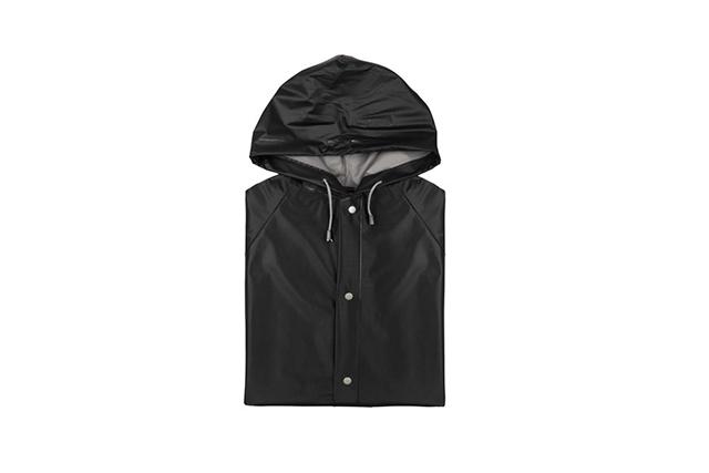 Дъждобран с качулка