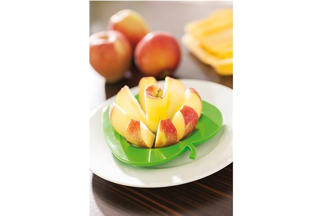 Резачка за ябълки в формата на ябълка